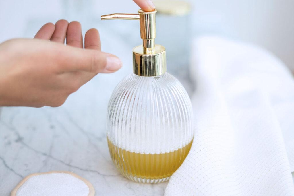 Cleanser mit Honig