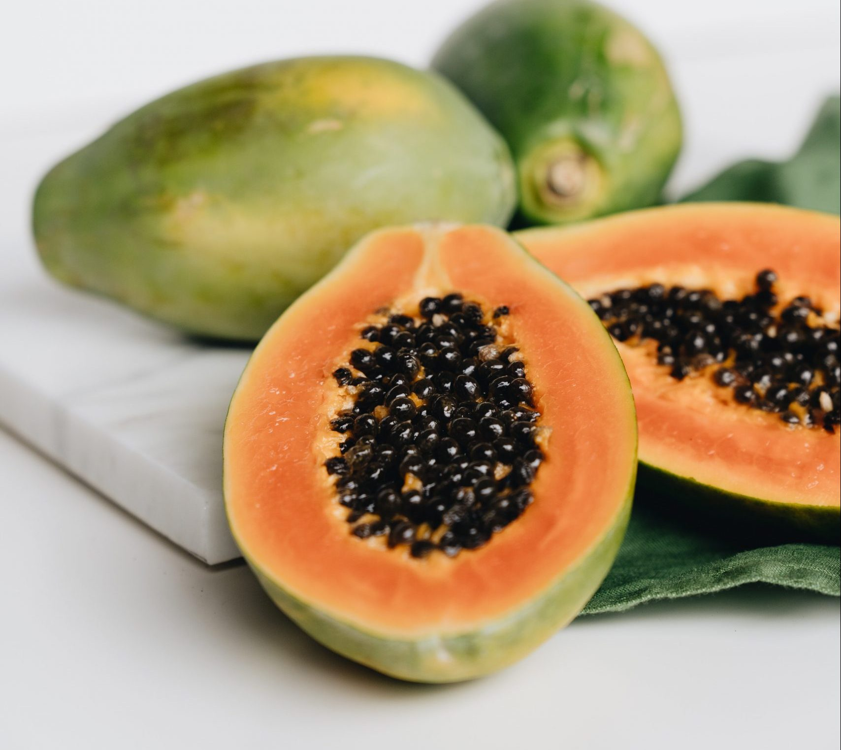 Papaya aufgeschnitten